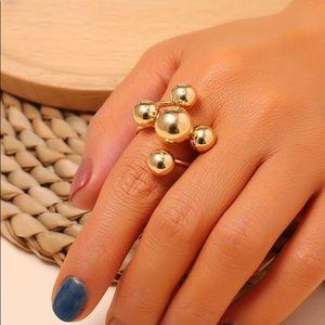 3/$30 💛 Metal Ball Ring